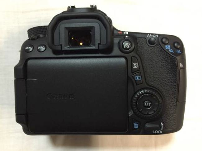eos70d ダブルズームキット 本体