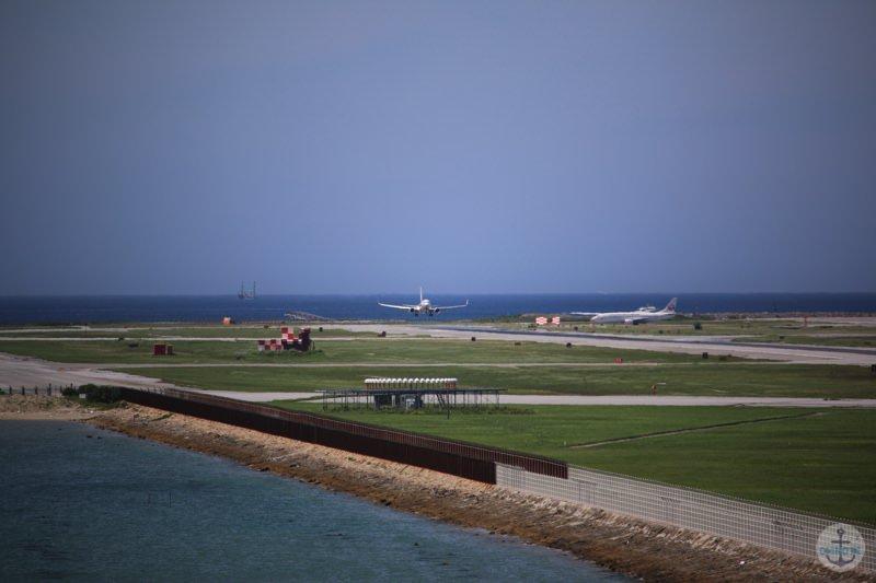 瀬長島から見える那覇空港