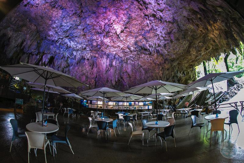 ガンガラー谷『cave cafe』