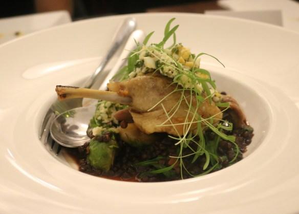 Fitzrovia - Confit duck leg w braised black lentils