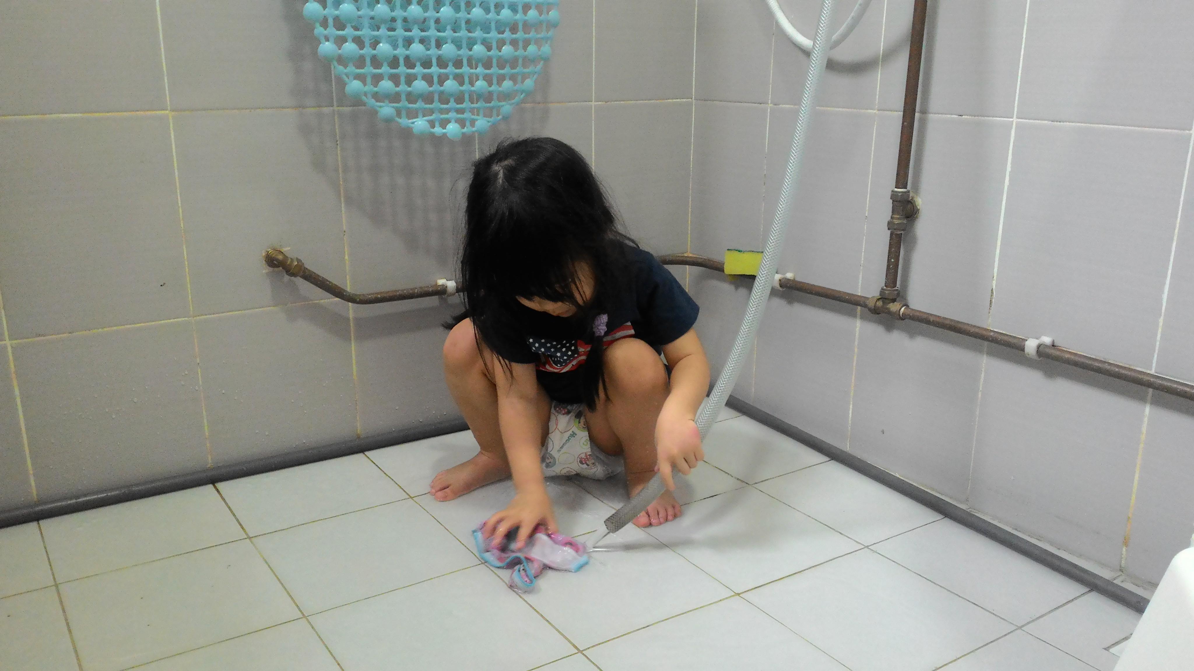 poop girls Panty