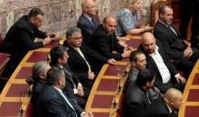 Στη βουλή το πόρισμα για άρση της ασυλίας όλων των βουλευτών της Χρυσής Αυγής (photos)