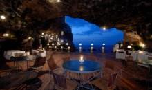 Μαγευτικό εστιατόριο σε παραθάλασσια σπηλιά!