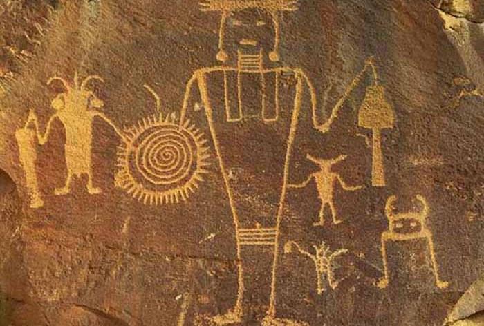 alienspetroglyph
