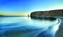 Τρία ελληνικά νησιά που μας προτείνουν οι Βρετανοί