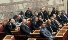 Την άρση της ασυλίας όλης της Κοινοβουλευτικής Ομάδας της Χρυσής Αυγής ζητούν οι ανακρίτριες