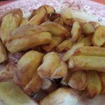 selbst gemachte Pommes mit Heißluftfritteuse
