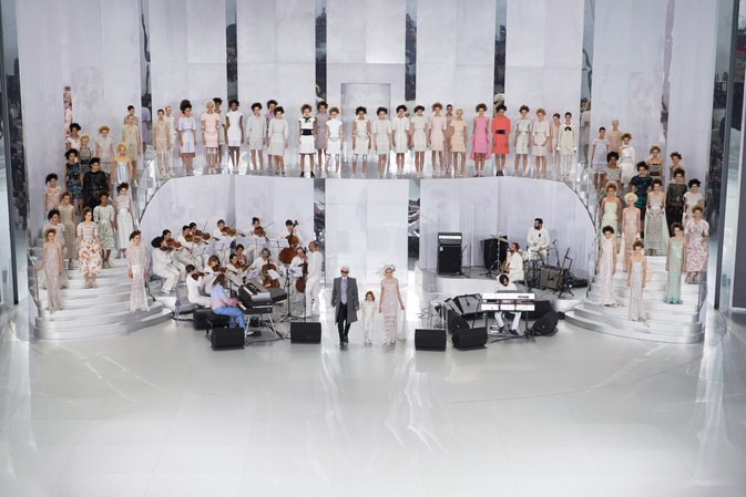 chanel-spring-summer-2014-haute-couture-looks-finale