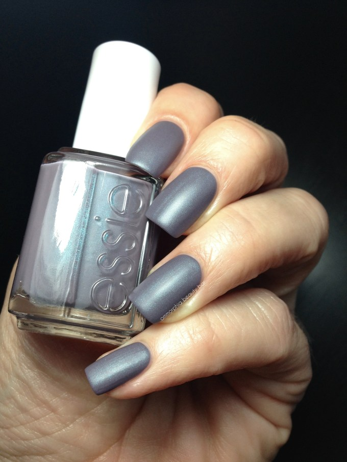 Essie Coat Couture swatch