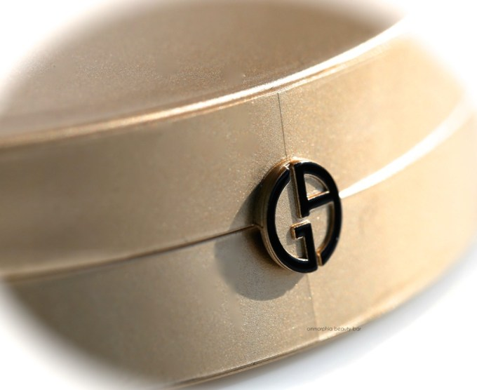 GA Luxe is More logo detail