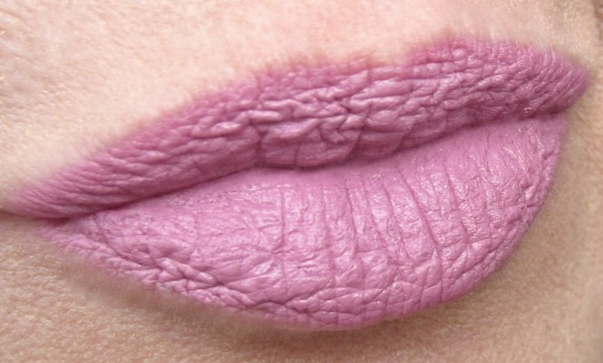 Maybelline Blushing Pout swatch