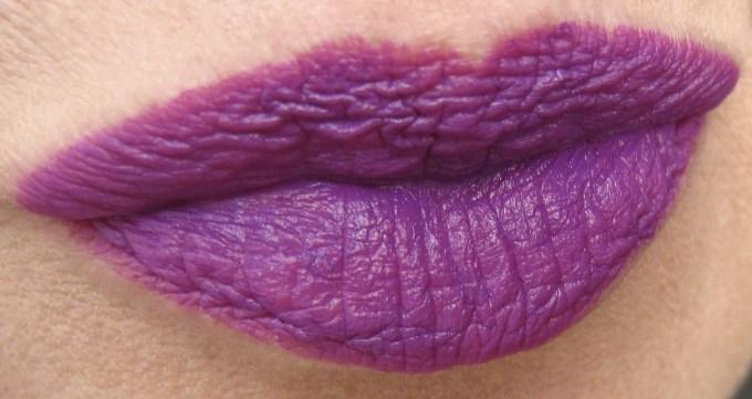 Maybelline Vibrant Violet swatch