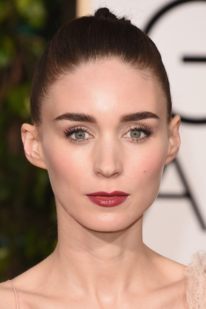 Rooney-Mara-Vogue-11Jan16-Getty_b_1