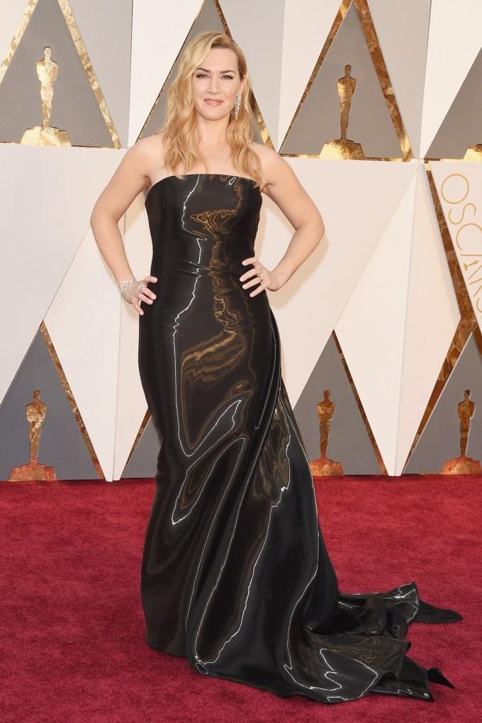 Kate-Winslet-Oscars-2016-Red-Carpet-Vogue-28Feb16-Getty_b