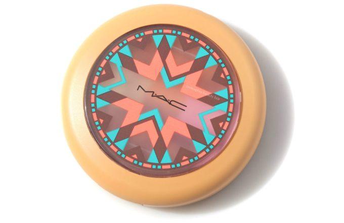 MAC Vibe Tribe Gleamtones Powder compact