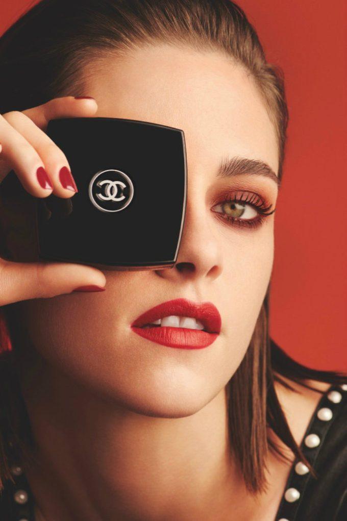 CHANEL Kristen Stewart for Le Rouge eyes