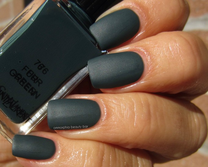 YSL Scandal Collection Fur Green swatch 2