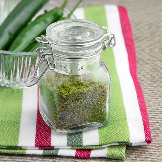 Om Nom Ally - Home-made Green Chilli Powder
