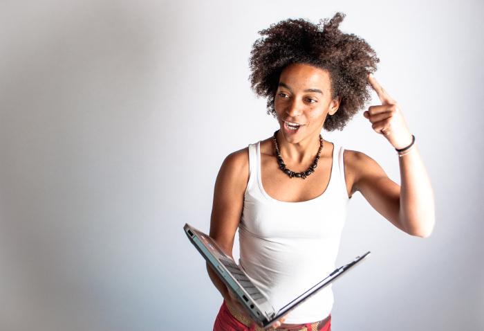 Ines Bebea en Educación Digital Crítica
