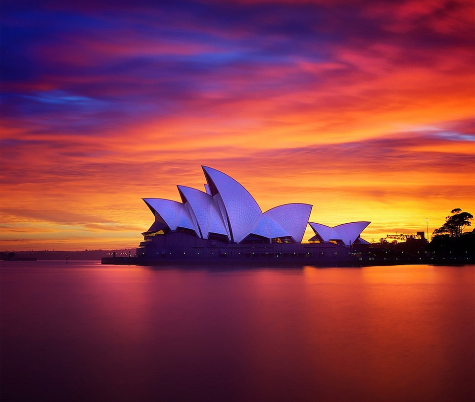 breathtaking sunset in sydney
