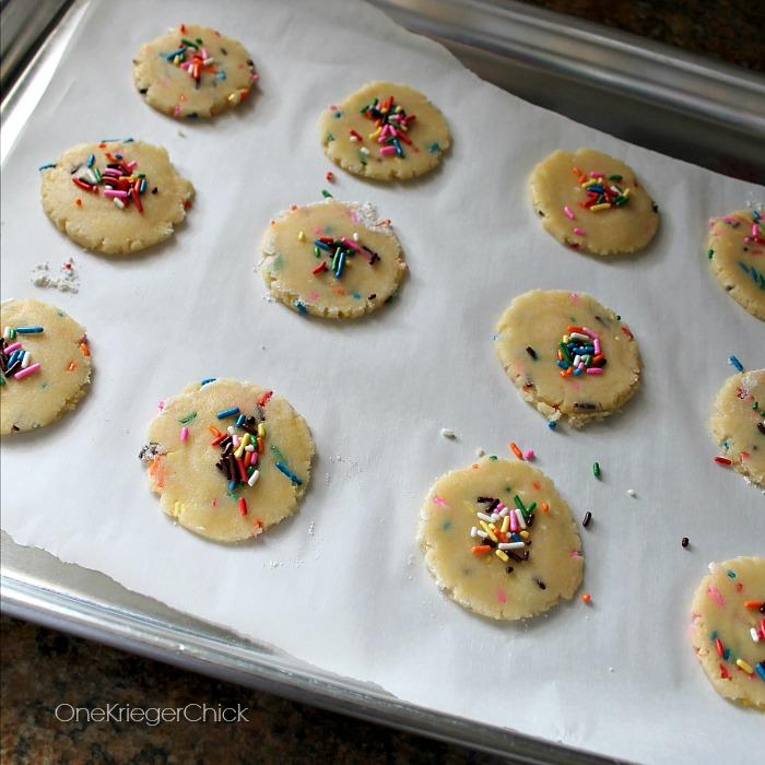 4-ingredient-Sprinkle-Cookies