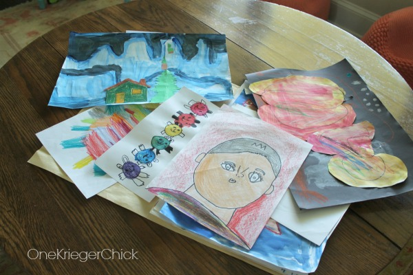 easy-way-to-incorporate-all-that-kids-artwork-into-your-decor
