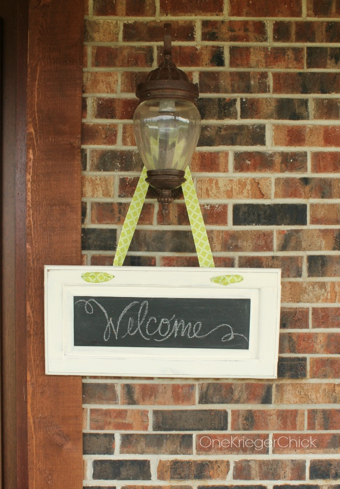 Cabinet door to hanging Welcome sign (OneKriegerChick.com)