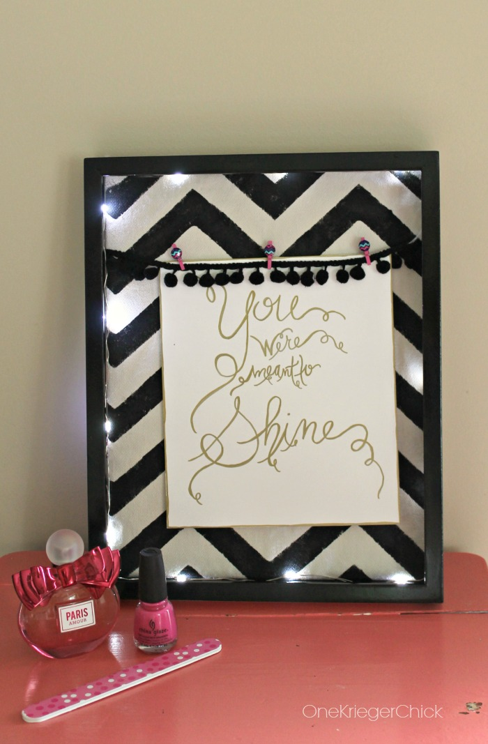 Shine lighted photo display