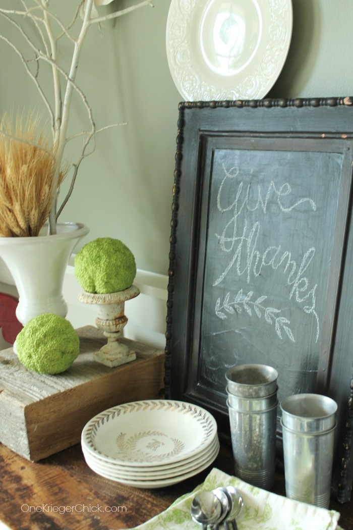 Simple and thankful display- OneKriegerChick.com