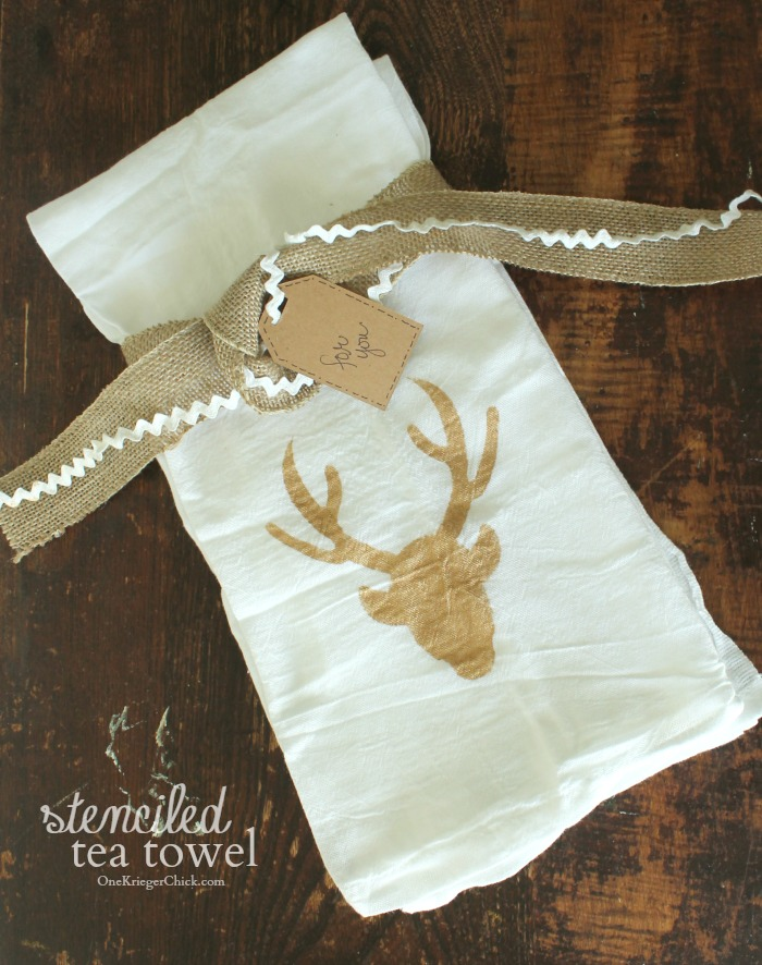 Simple stenciled tea towels- perfect holiday gift idea- OneKriegerChick.com