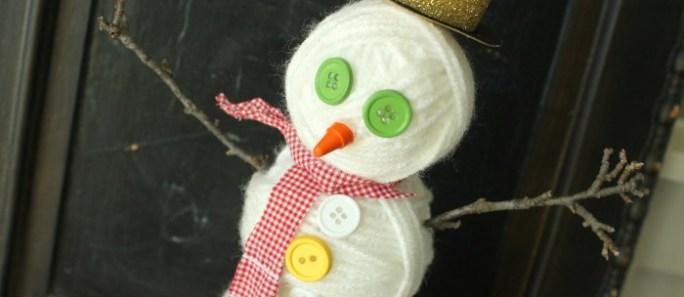 Yarn Ball Snowman {decor and kids craft}