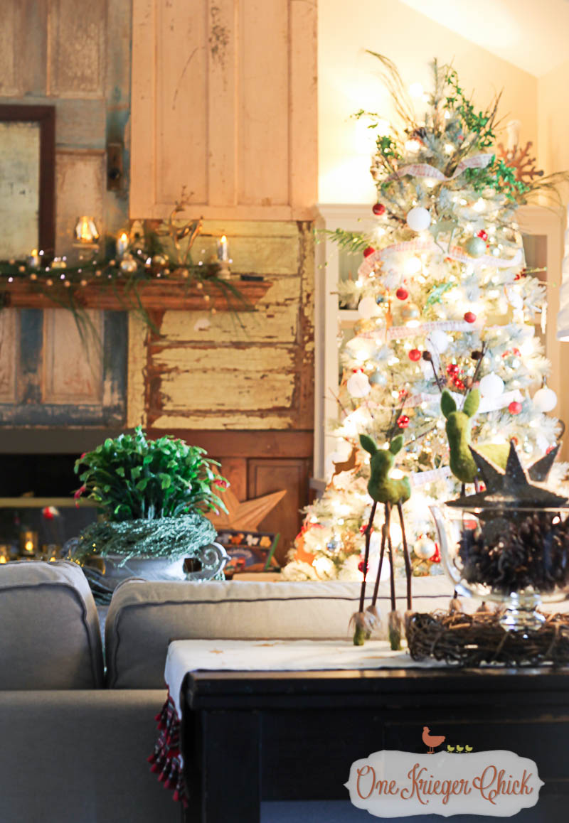 Classic Country Christmas Decor-OneKriegerChick.com Holiday Home Tour