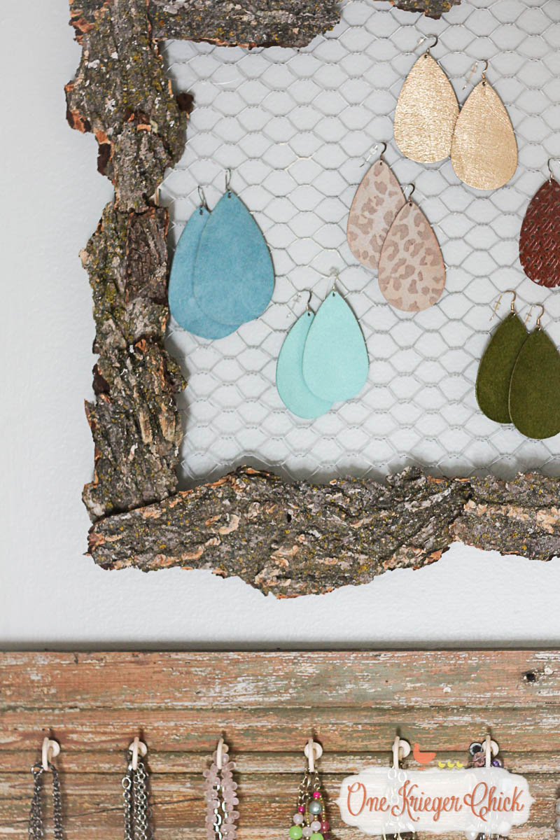 How cool is this Bark Covered Earring Organizer-! I cannot believe how easy this was to make using a craft tool we all have!  8