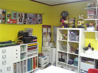 """Decrapification"" of the scrapbook room!!"