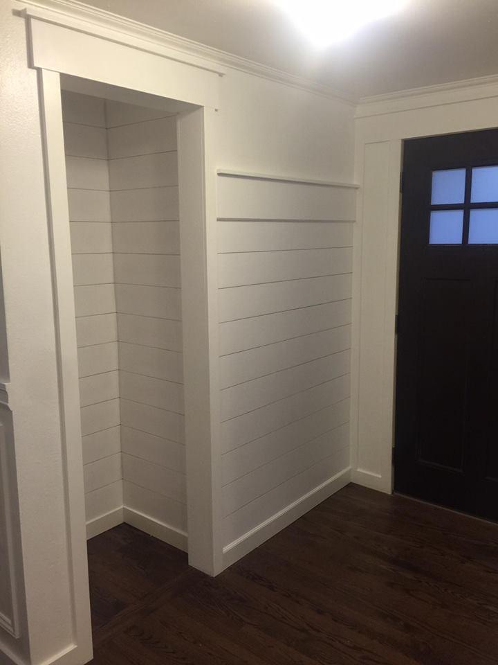 shiplap-closet-bench-entryway