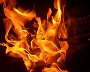 campfire_fire_burning_214817-400x318