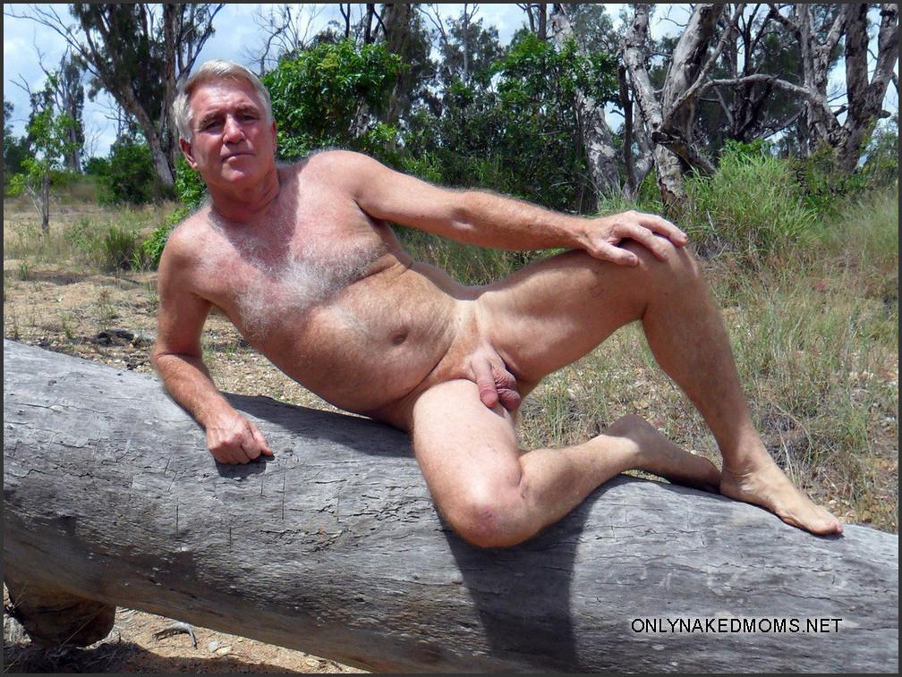 nude silverdaddies naked