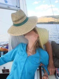 kiss on sailboat