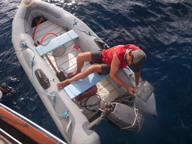 dinghy travel sail south pacific travel rob bri