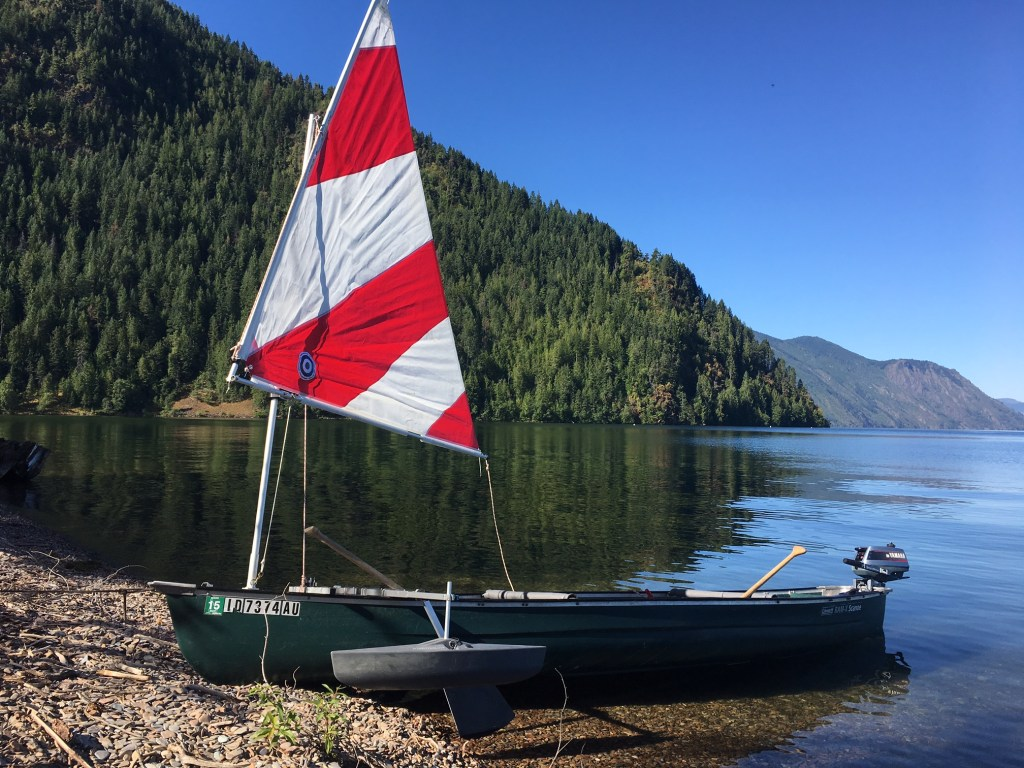 scanoe with sail rig