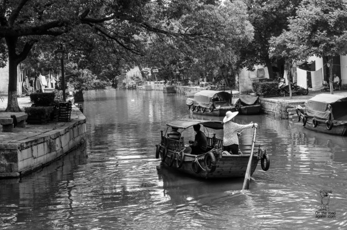 on the road to China - Tongli-1