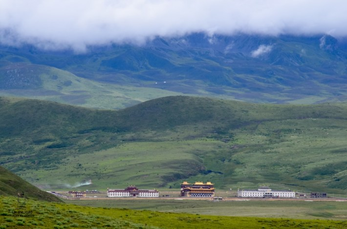 On the road to Tibet - Tagong-21