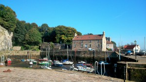 Dysart harbout with Harbourmasters House