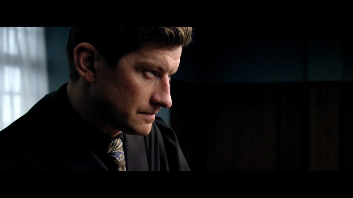 Aber Bergen S01E01: Knoketattis, trekant, VGTV og sprit på kontoret