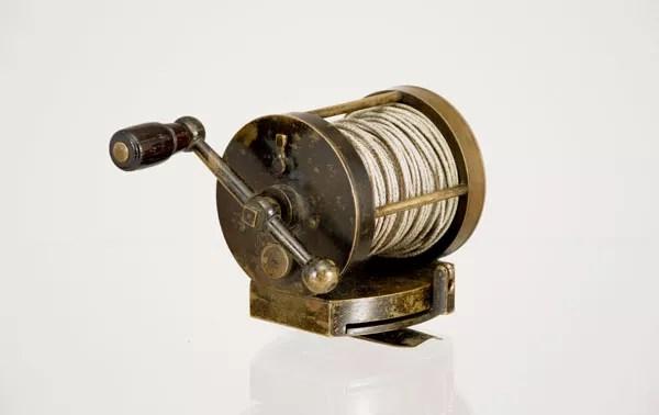 Antique-Fasoldt-ball-Handle-Reel