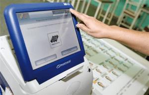 Voto CNE Venezuela 300x193 Los 92 municipios que definirán el mapa político de Venezuela