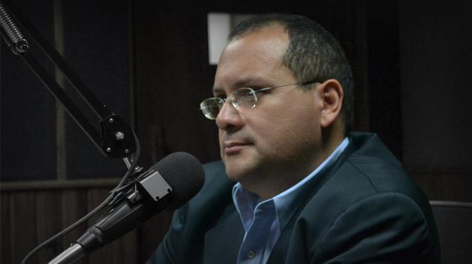 Oswaldo-Ramírez