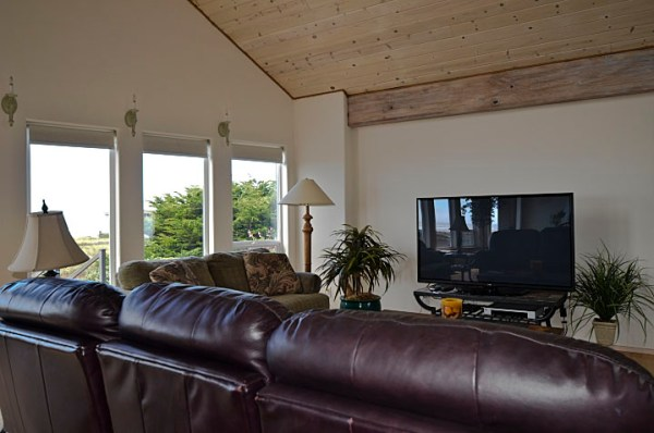 Brigadune Living Room