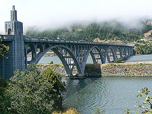 RogueRiverBridge-Fog