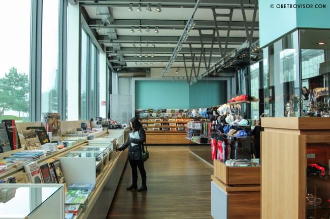 Visão geral da loja de souvenires da Autostadt